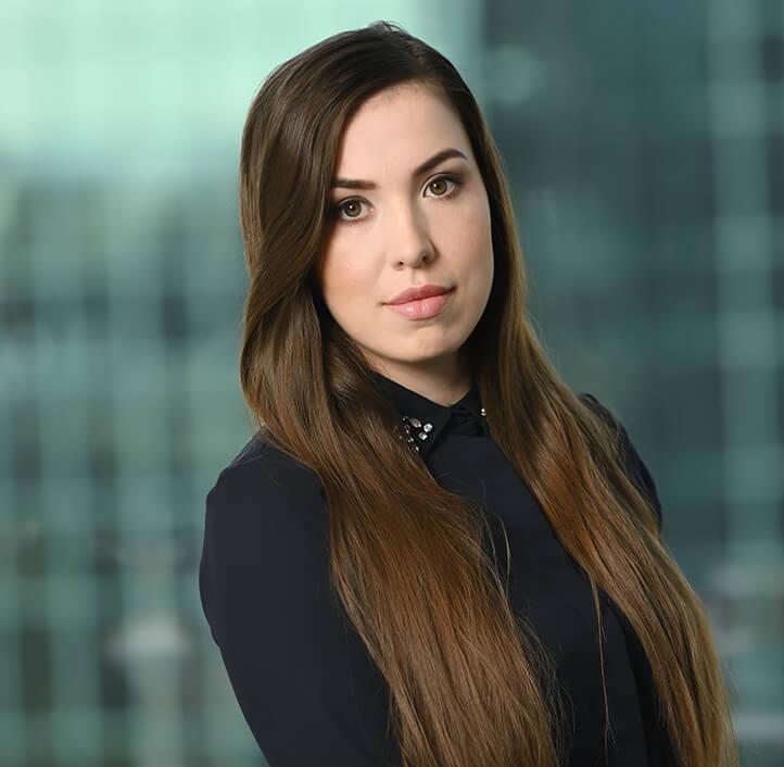 Daria Gromotka - Associate