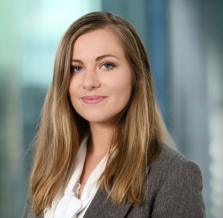 Aleksandra Blukacz - Associate