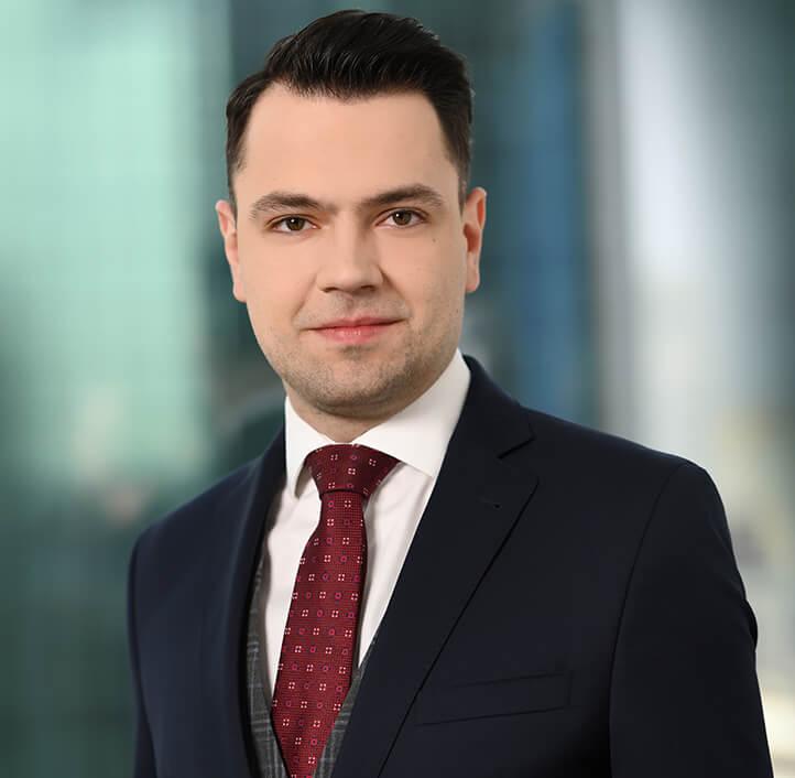 Paweł Karkowski - Associate