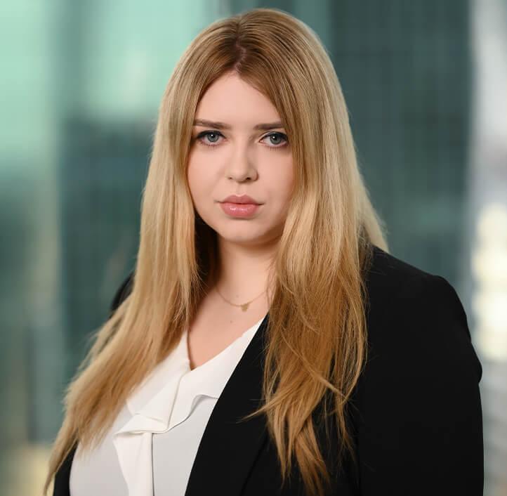 Zuzanna Cybulska - Associate